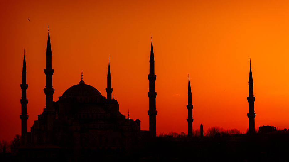 mosque-at-sunset