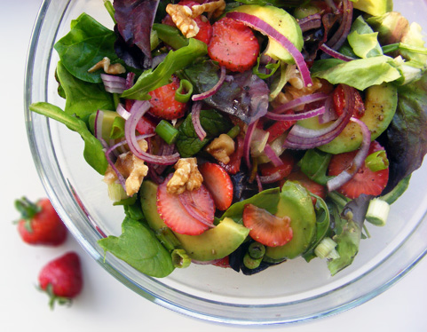 strawberry-avo-salad-2