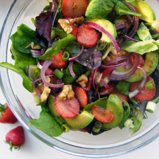 strawberry-avo-salad
