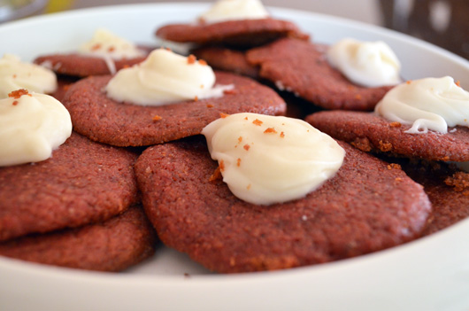 vegan-red-velvet-cookies