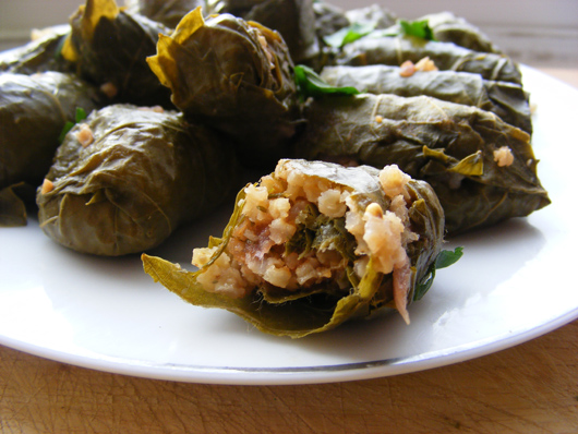stuffed-vine-leaves-4