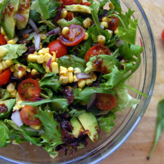 sweetcorn-cherry-tomato-avo-salad-1