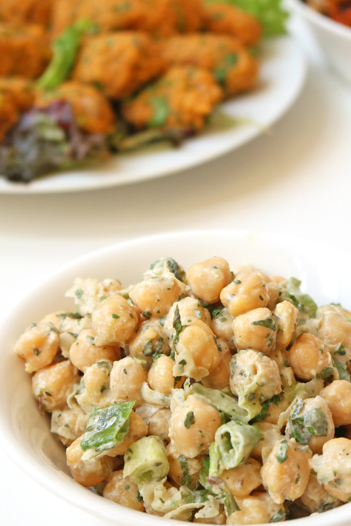chickpea-salad-tahini-dressing