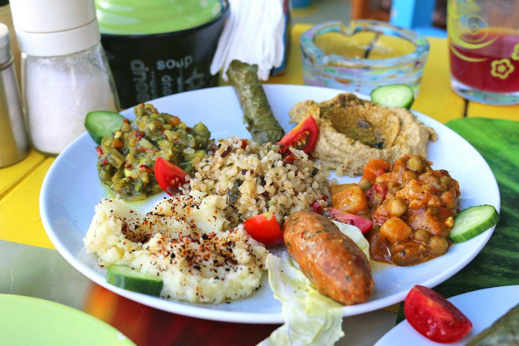 mahatma-cafe-Vegan-Istanbul-5