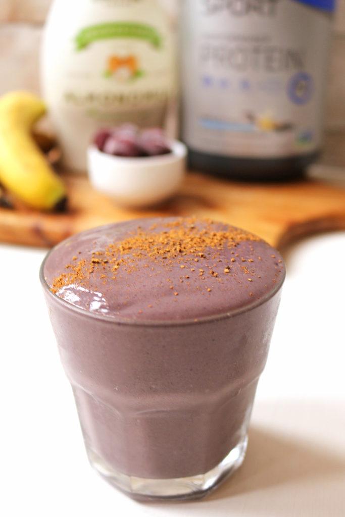 vegan-cherry-pie-protein-smoothie-8